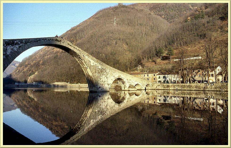 Bagni di lucca il rilancio del turismo passa per la sorgente gogoterme - Terme libere bagni di lucca ...