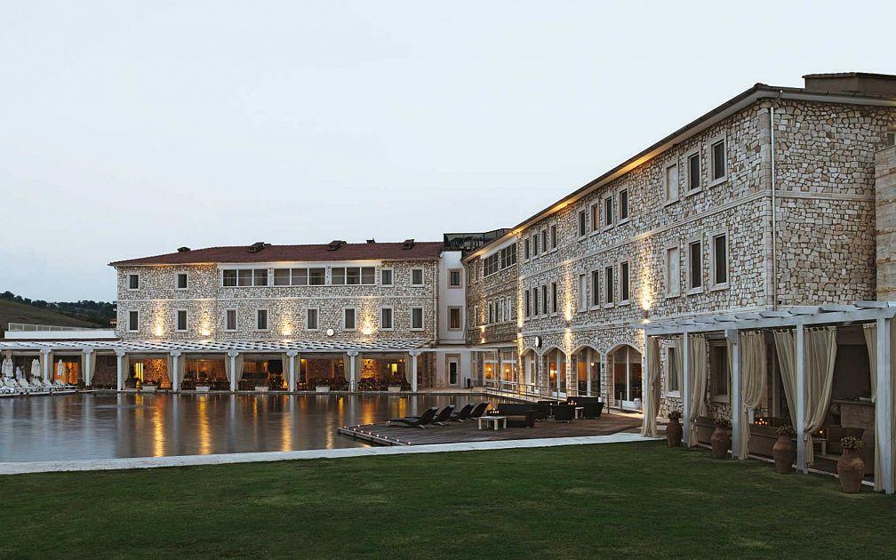 Stabilimento termale golf spa resort terme di saturnia - Bagni di saturnia ...