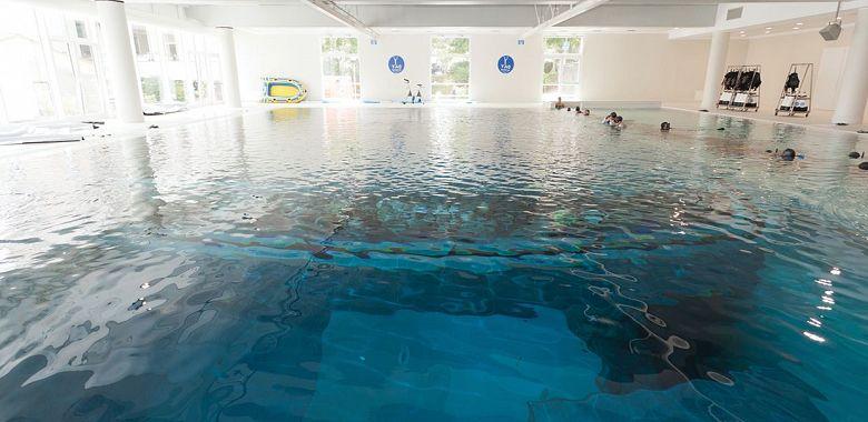Open day per la piscina d 39 acqua termale pi profonda al for Piscina y 40 padova