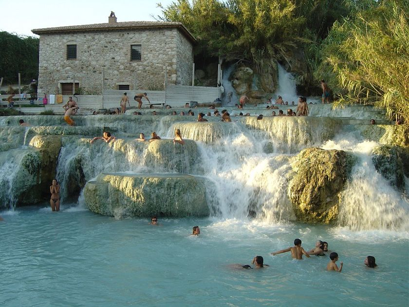 Cascate del Mulino, Terme libere di Saturnia