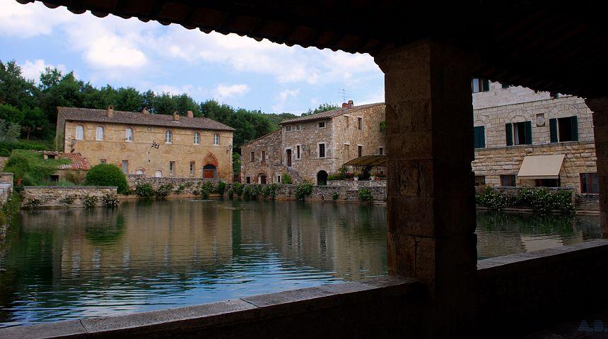Terme libere di bagno vignoni parco dei mulini gogoterme - Bagno vignoni mappa ...